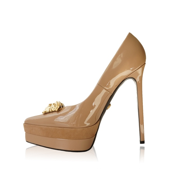 0d9a689d01 M_5c9d5f91aa571964c60495bc. Other Shoes you may like. VERSACE BLACK GOLD ...